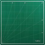 Коврик для резки самовосстанавливающийся 2 мм 35*35 см арт.SCB 146210