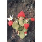 WIT.A23500 Набор для изготовления вальдорфской куклы DE WITTE ENGEL Земляничный человечек h=12см