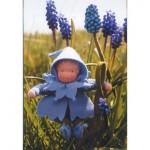 WIT.A40900 Набор для изготовления вальдорфской куклы DE WITTE ENGEL Синий гиацинт h=12см