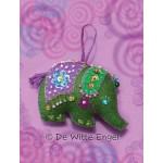 WIT.A56900 Набор для изготовления вальдорфской игрушки DE WITTE ENGEL Слон (подвеска), 9*11см
